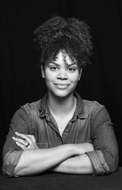 Renee Loiz is a Los Angeles makeup artist.